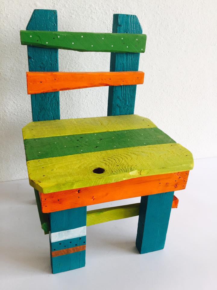 seggiola arancio/verde/giallo