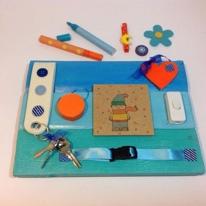 mini pannello sensoriale azzurro