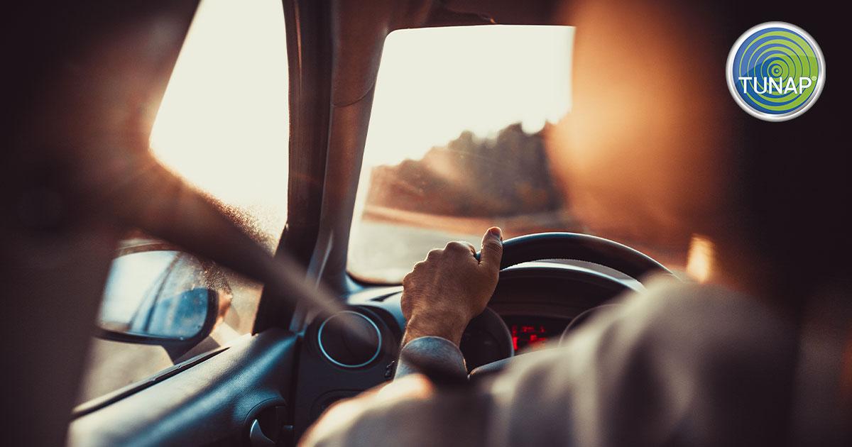 Trascorri molto tempo in auto? Ecco perchè preoccuparti del clima - TUNAP