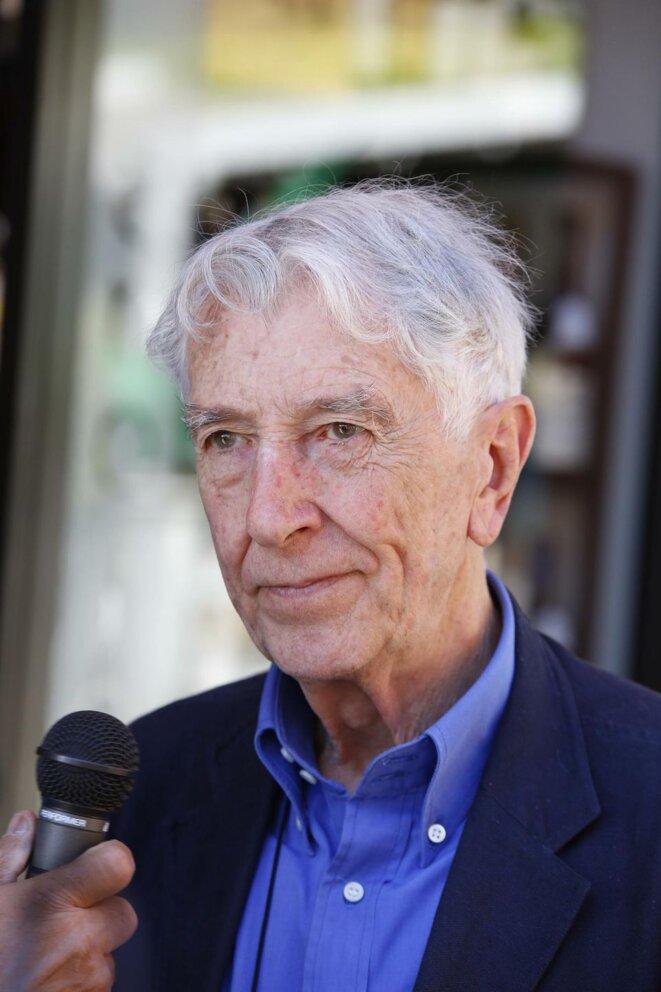 Le journaliste italien Augias rend sa Légion d'honneur en signe de protestation