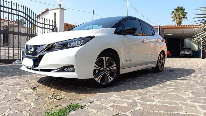 Nissan Leaf Tekna 40 kw trazione elettrica